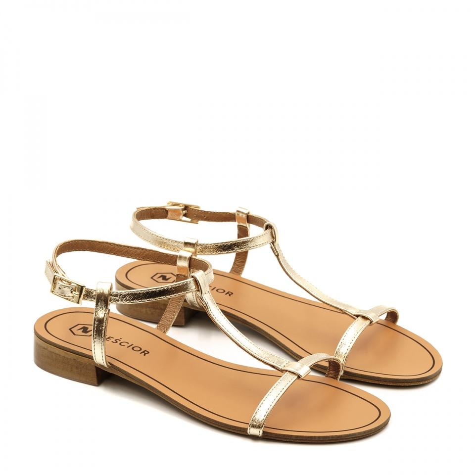 Złote skórzane sandały z cienkich paseczków 09T