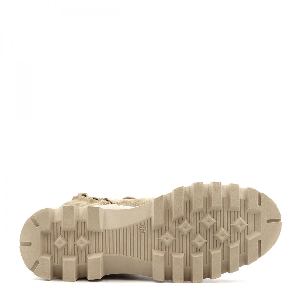 Beżowe welurowe sznurowane botki na grubej podeszwie 214G