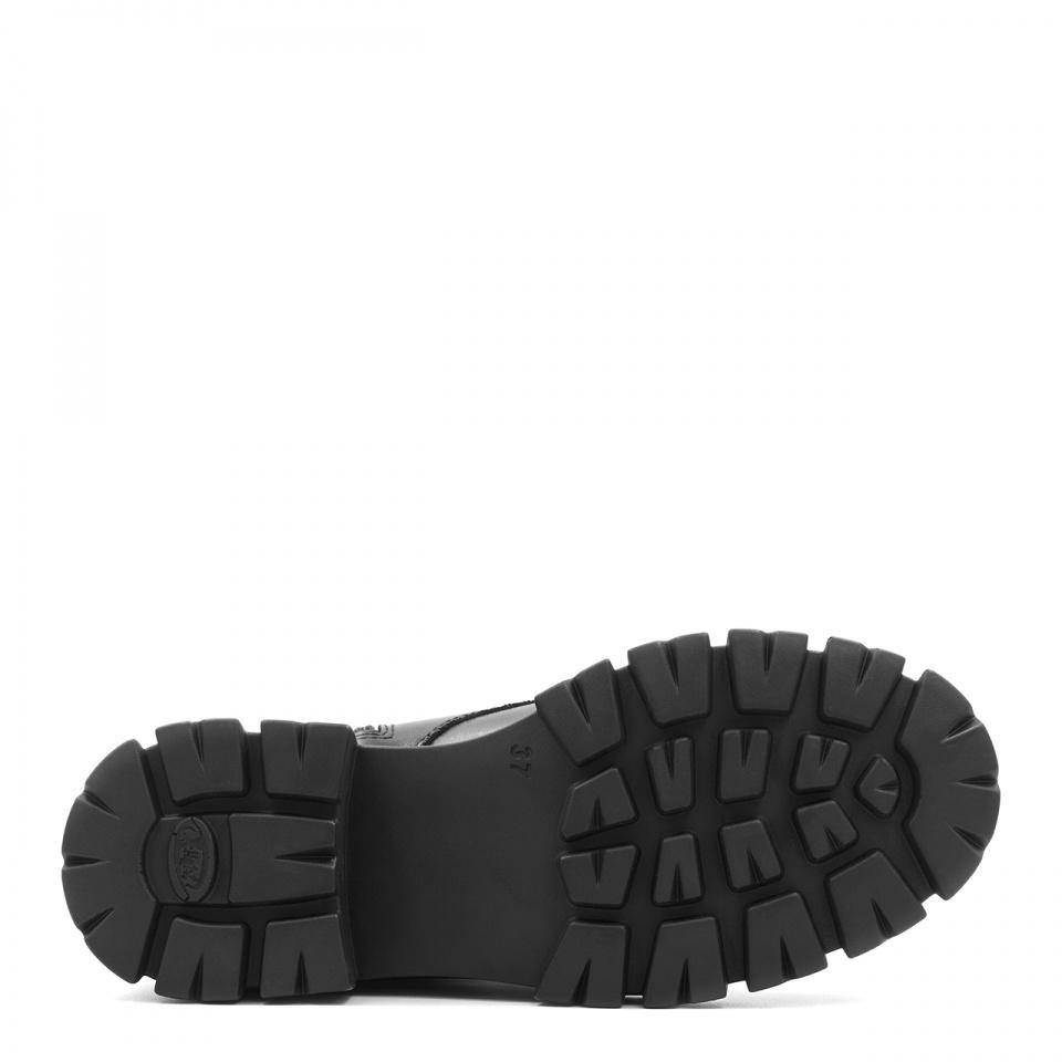 Czarne skórzane sznurowane botki na grubej podeszwie 214D