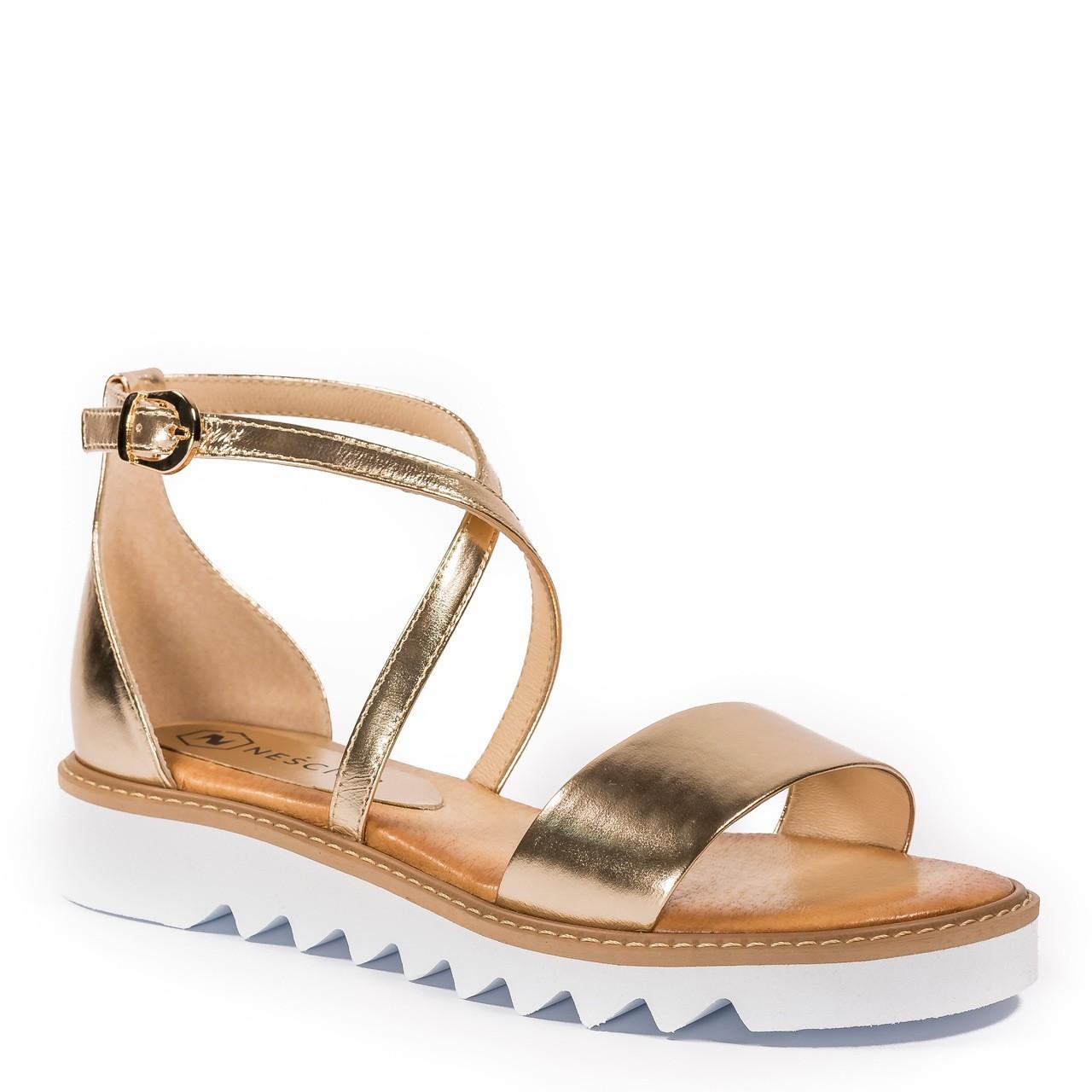 7ade7debed8291 Złote skórzane sandały damskie ze złotymi paskami 67A - Neścior ...