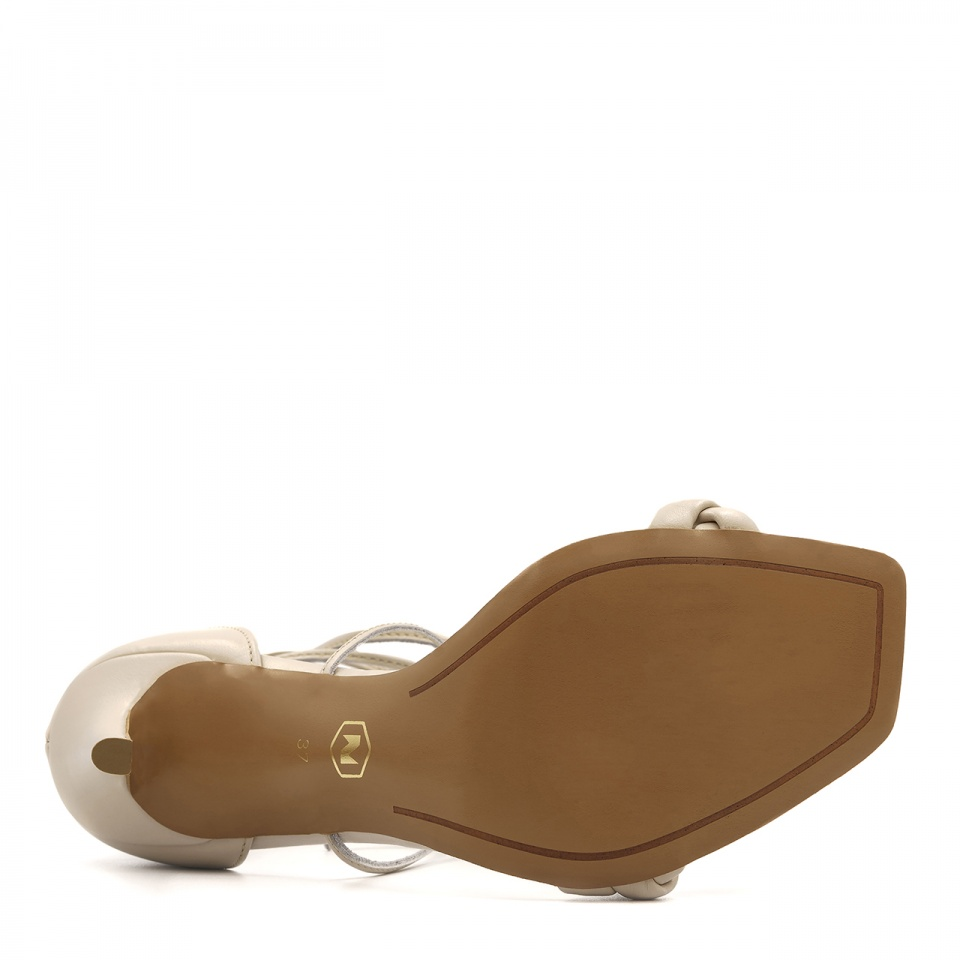 Beżowe skórzane szpilki sandały z warkoczem z przodu 116B