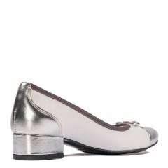 Biało-srebrne skórzane baleriny z kokardką na przodzie 57G