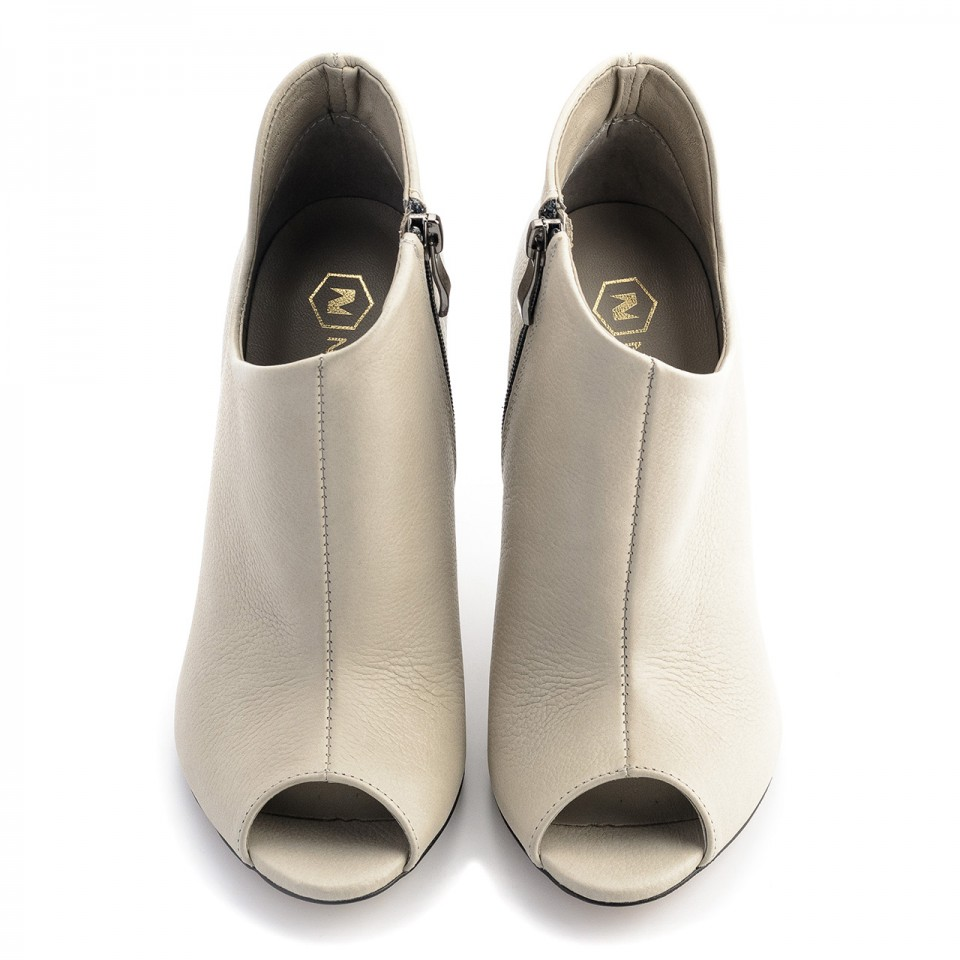 Szare skórzane botki na szpilce open toe