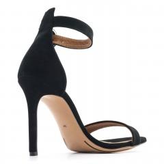 Czarne zamszowe szpilki sandały zapinane wokół kostki