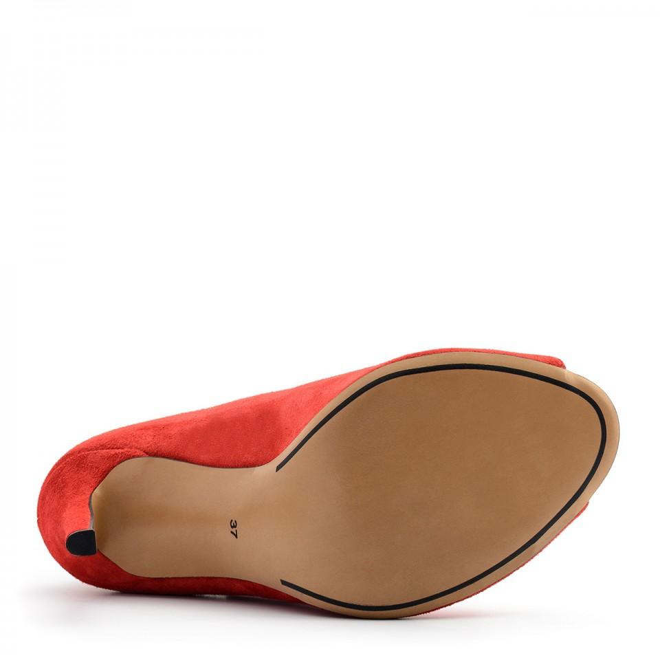 Czerwone wiązane zamszowe botki open toe