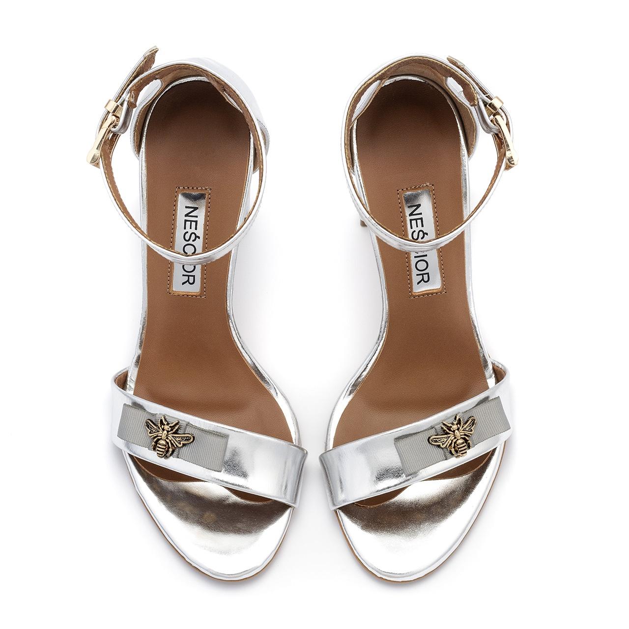 f065a9b7206b4 Srebrne skórzane sandały na słupku; Srebrne skórzane sandały na słupku ...