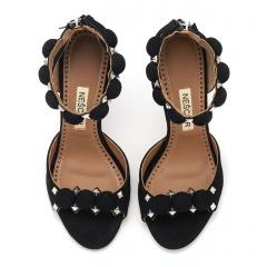 Czarne zamszowe sandały z kulkami 103A