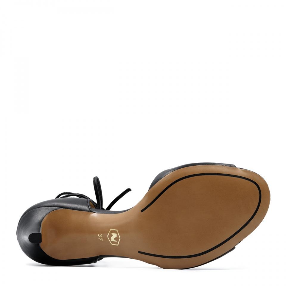 Czarne skórzane szpilki sandały wiązane wokół kostki 114L