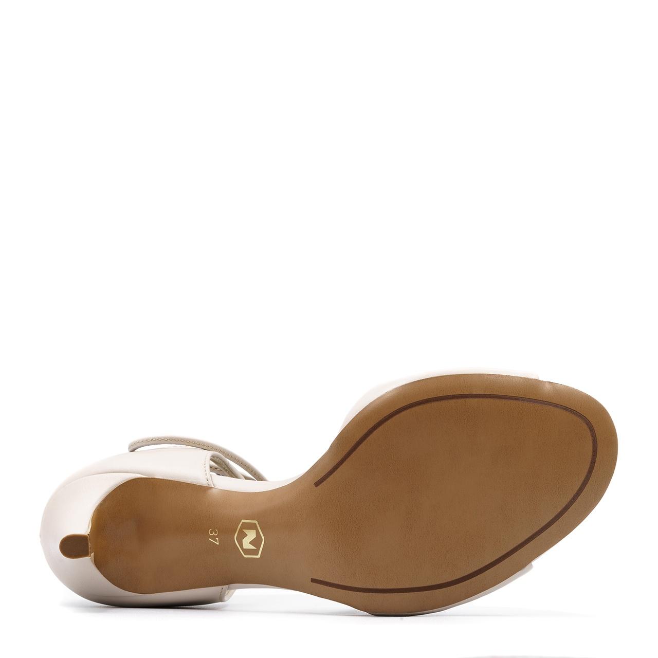Beżowe skórzane szpilki sandały wiązane wokół kostki 114L