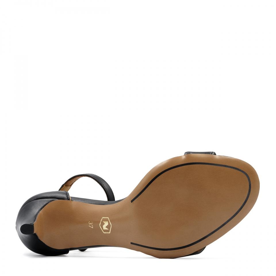 Czarne skórzane szpilki sandały zapinane wokół kostki 114P
