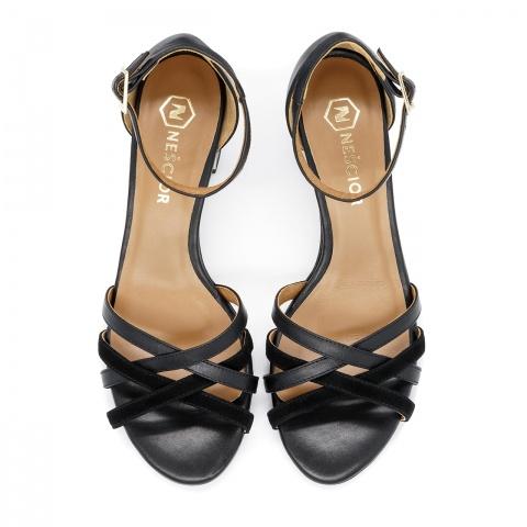 6497899167fc5 ... Czarne skórzane sandały na ozdobnym obcasie 268B