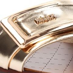 Złote skórzane klapki ze złotą klamrą 67CC