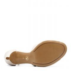 Beżowe skórzane szpilki sandały ze skrzyżowanymi paseczkami 114E
