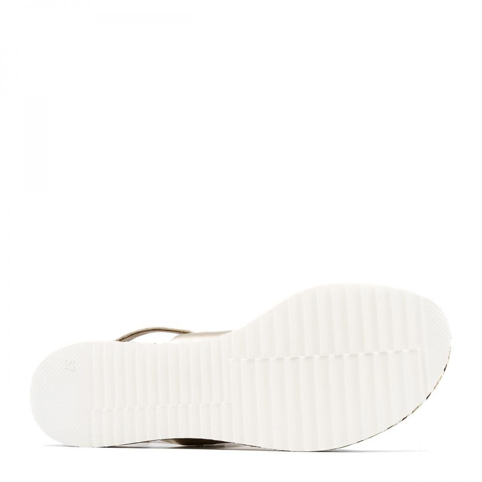 Sandały skórzane na grubej ozdobnej podeszwie 67R
