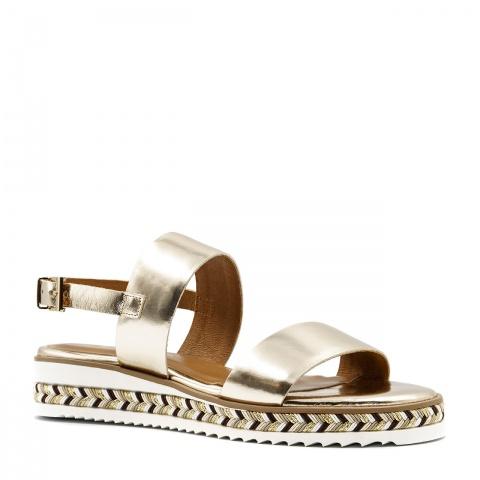 1fecfa39bf89a Złote skórzane sandały na grubej ozdobnej podeszwie 67R ...