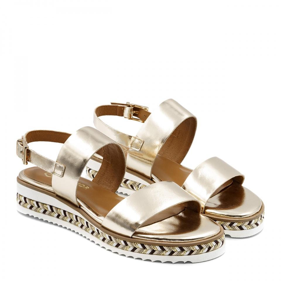 Złote skórzane sandały na grubej ozdobnej podeszwie 67R