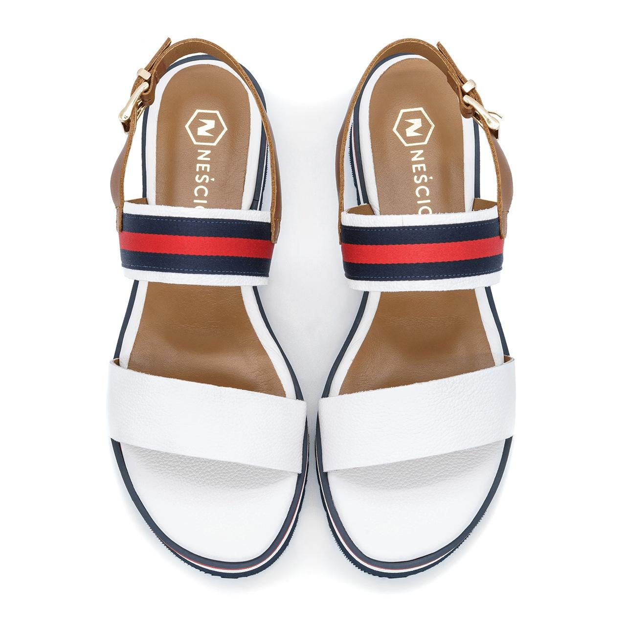 Kolorowe skórzane sandały na niskim koturnie 67T Neścior