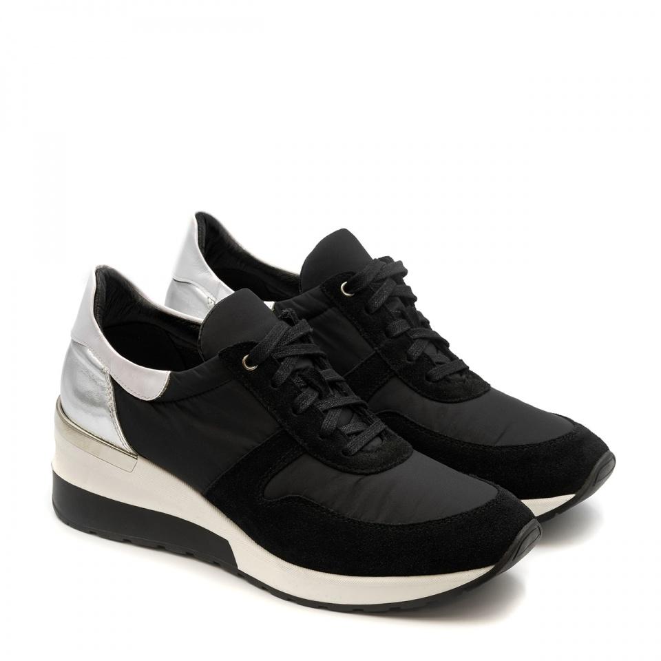 Sportowe czarne sneakersy typu chunky ze srebrną wstawką 278A