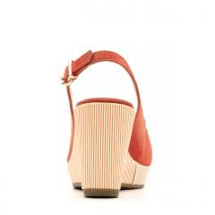 Pomarańczowe zamszowe sandały na ozdobnym koturnie 24V