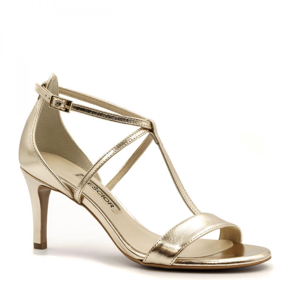 Złote skórzane sandały na niskiej szpilce ze skrzyżowanymi paseczkami 114B